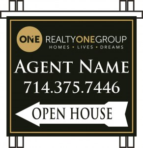 Realty-One-Group-Plastic-Aframe-Open-House